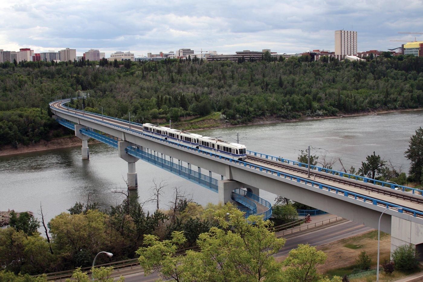 Utility hook up kosten Edmonton