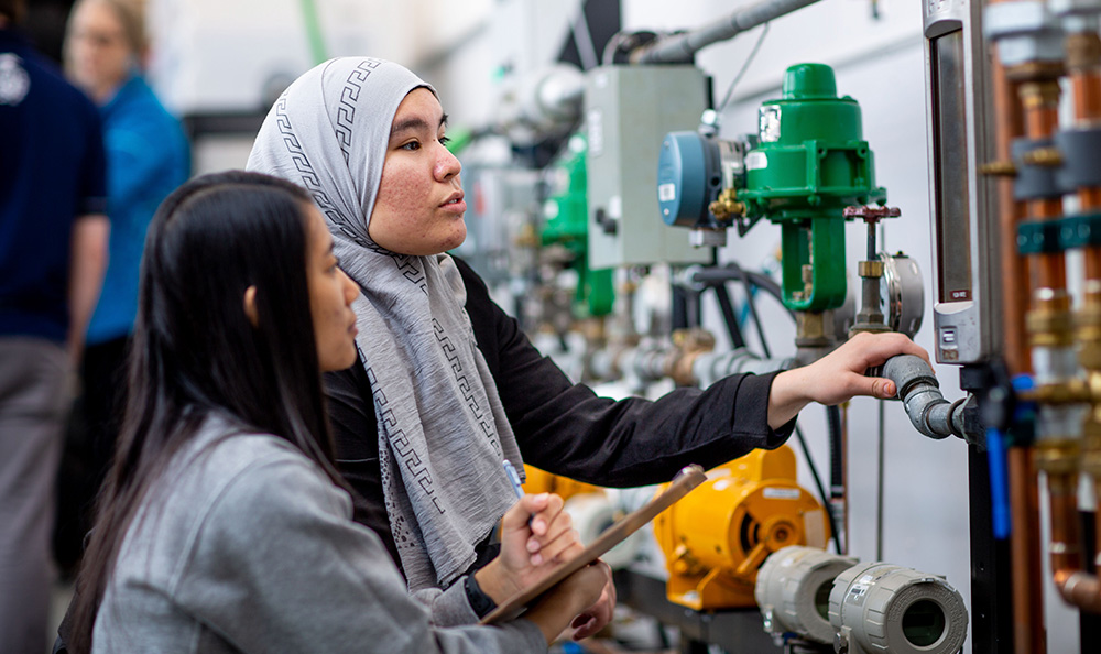 Petroleum Engineering Technology - NAIT